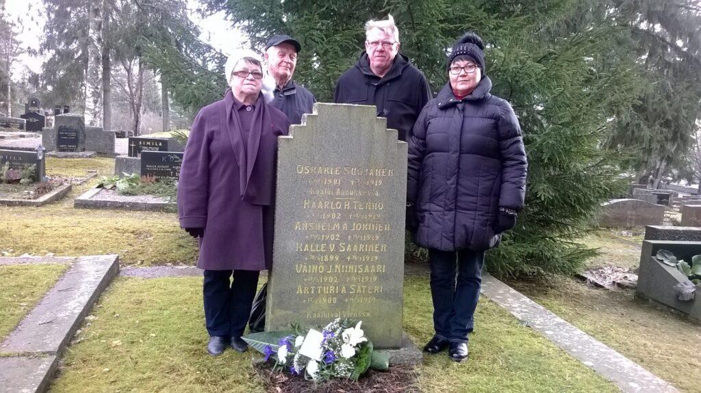 Monissa liiton jäsenseuroissa lasketaan seppeleitä Viron itsenäisyyspäivänä